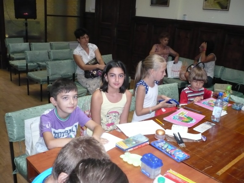 "O zi de vacanta superba la Biblioteca Judeteana ""V.A. Urechia"""