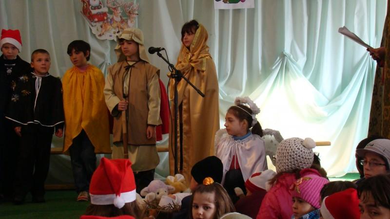 Şc Milcovul, Vrancea- cls a III-a, înv Ene Maricela - Scenetă de Crăciun