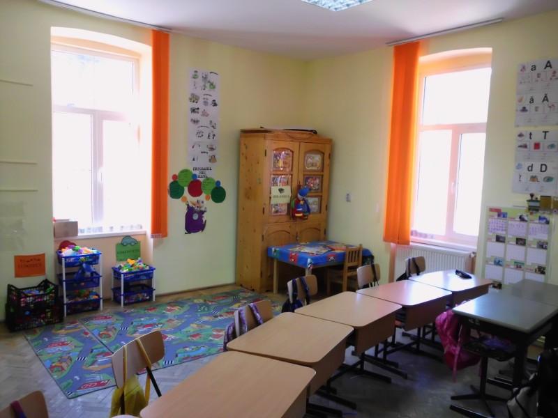 Imagini cu sala clasei pregatitoare pentru anul şcolar 2013 - 2014