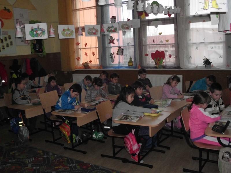 cateva imagini cu activitatea la clasele pregatitoare