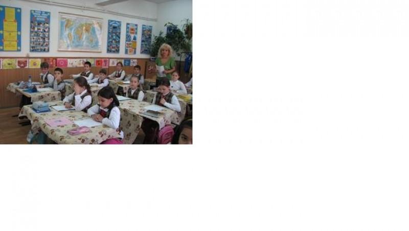 clasa d-nei învăţătoare Mantu Agata