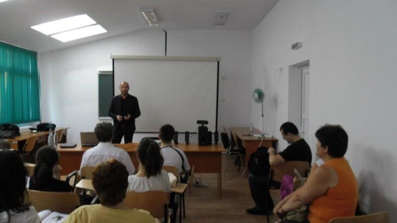Moderna sală de conferințe a școlii