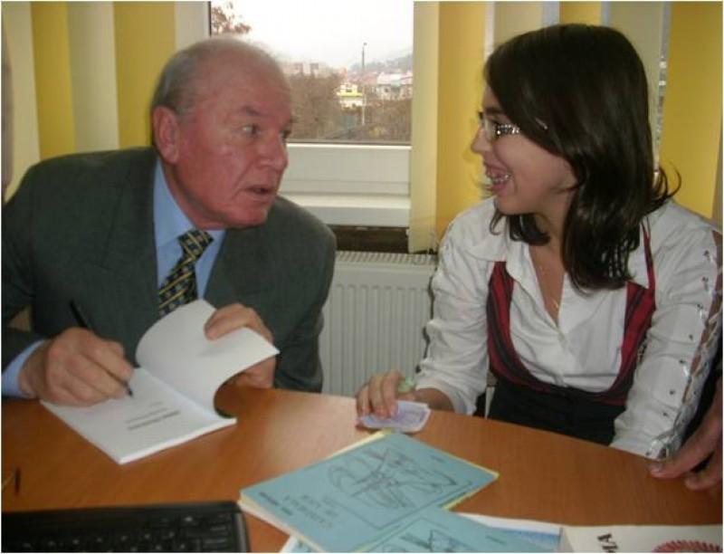 """Acord de parteneriat cu CCD Neamţ: """"Călătorie în lumea cărţii"""" Intalnire cu autor de carte , lansare de carte autor Merticaru Mihai, invitat George Brăescu."""