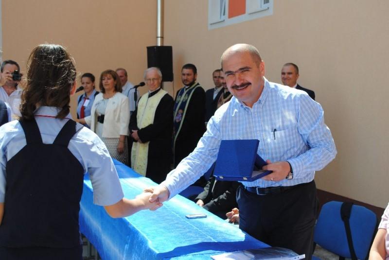 La inaugurarea festivă a clădirilor reabilitate a participat și domnul primar al orașului .
