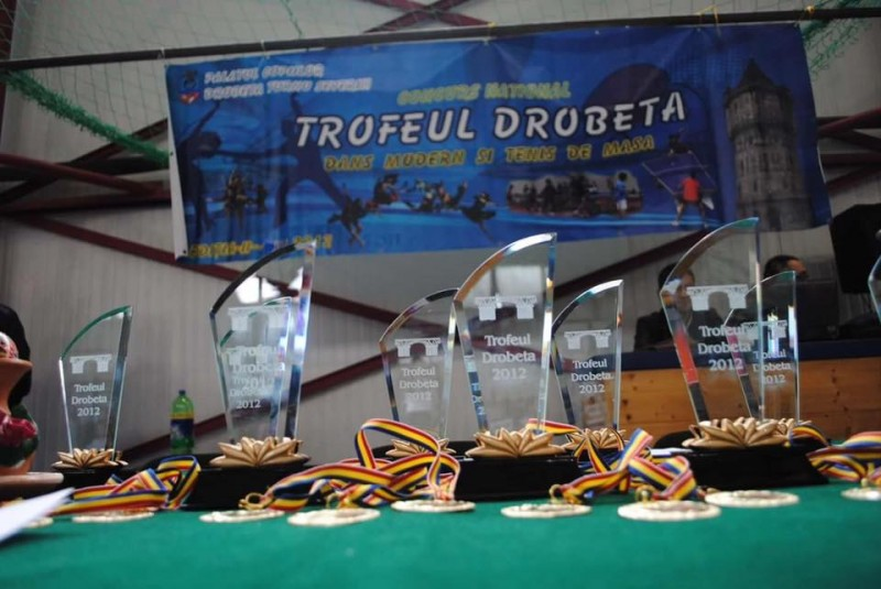 Cupe, trofee, medalii