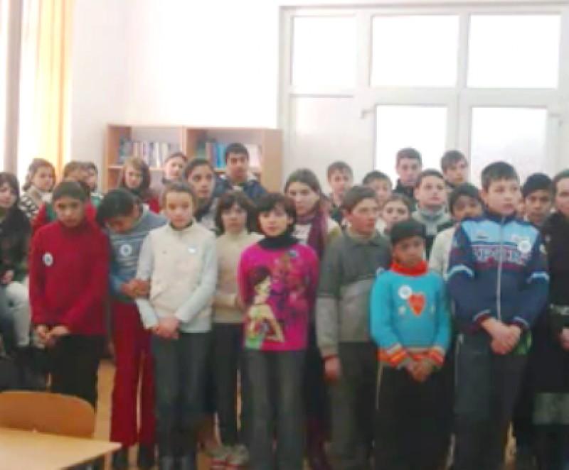 Activitate desfasurata la Scoala cu clasele I - VIII Valeni / Ziua Europei