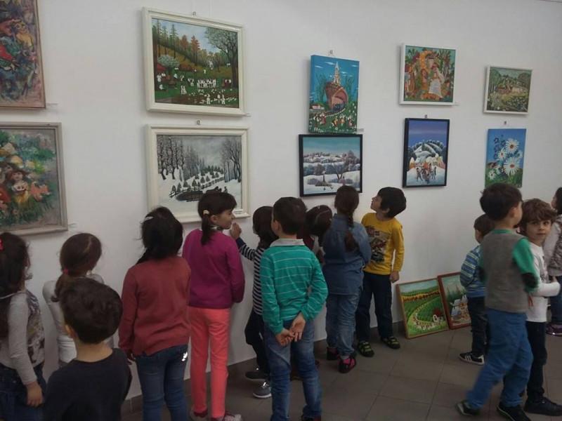 """,,Vizită în cadrul parteneriatului cu Muzeul Județean Argeș"""""""