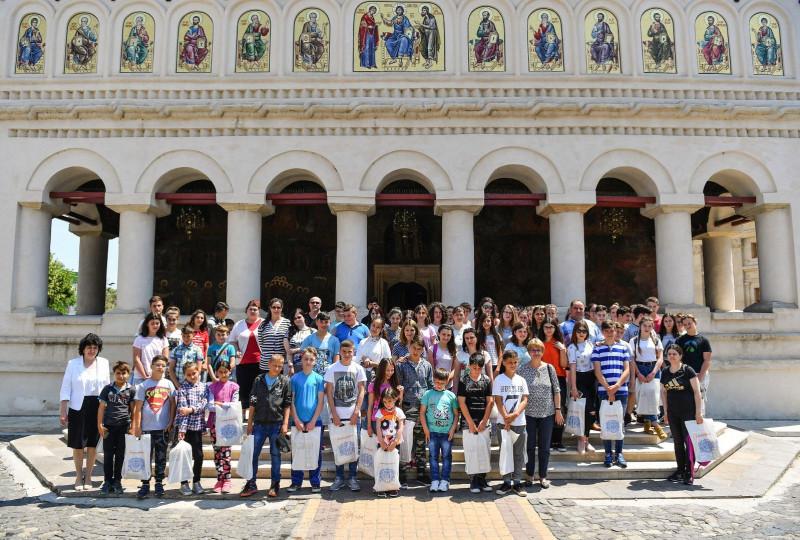 La Palatul Patriarhiei