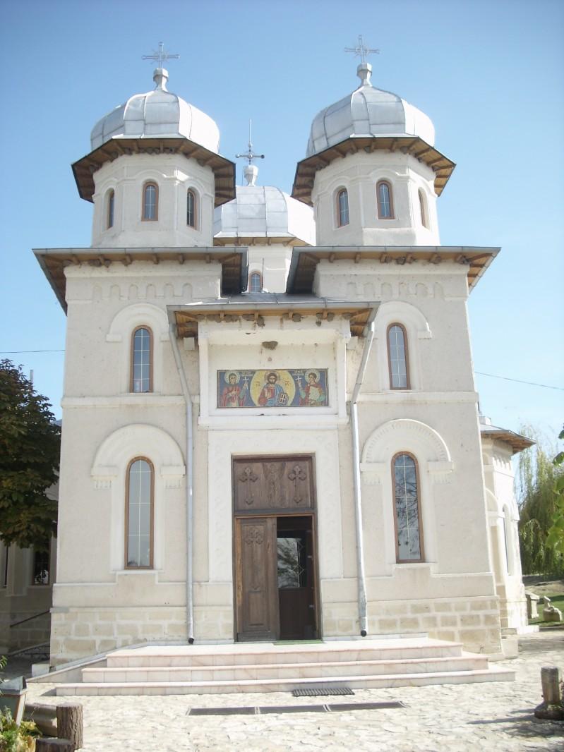 Un grup de elevii de la clasele a VII a si a VIII-a A au fost la Manastirea Dervent si au aflat informatii despre istoria manastirii. Prof. Nicarel Anca 16 Noiembrie 2010