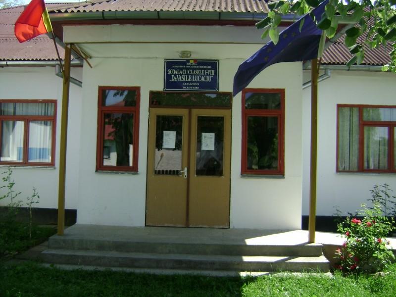 Şcoala nouă sau corpul de clădire C, a fost inaugurată anul 2004