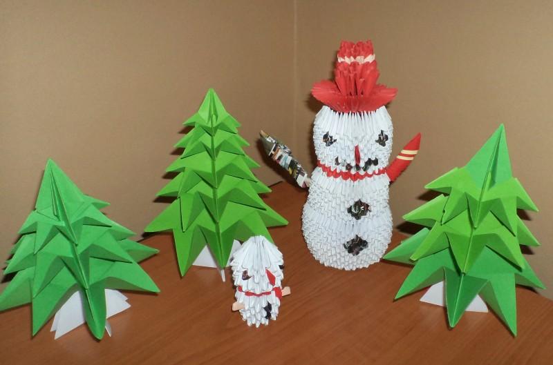 brăduți și om de zăpadă realizați prin tehnica origami