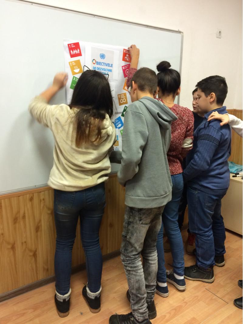 Constientizarea de catre elevi a rolului fiecaruia dintre noi ca cetateni ai lumii