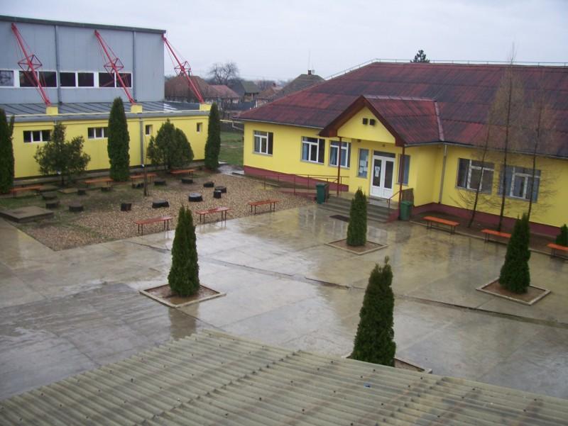imagini ale școlii