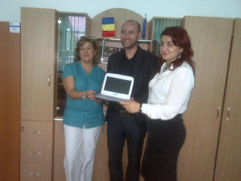 """Compania Microsoft România a susținut prezentări la """"Școala de vară"""""""
