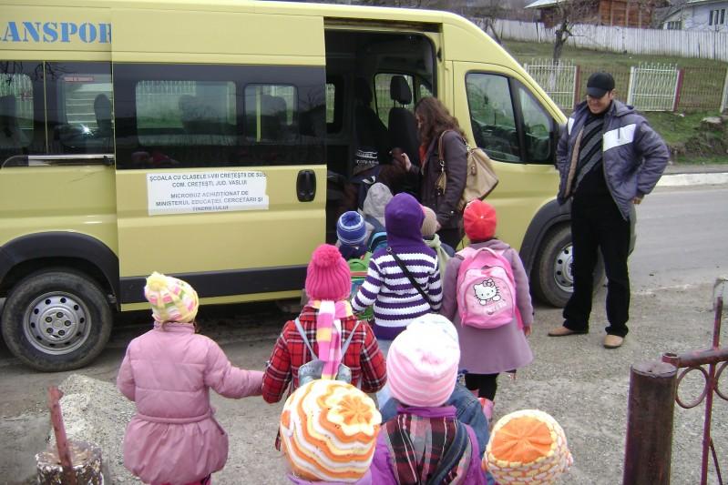 Copiii s-au pregătit de plecare