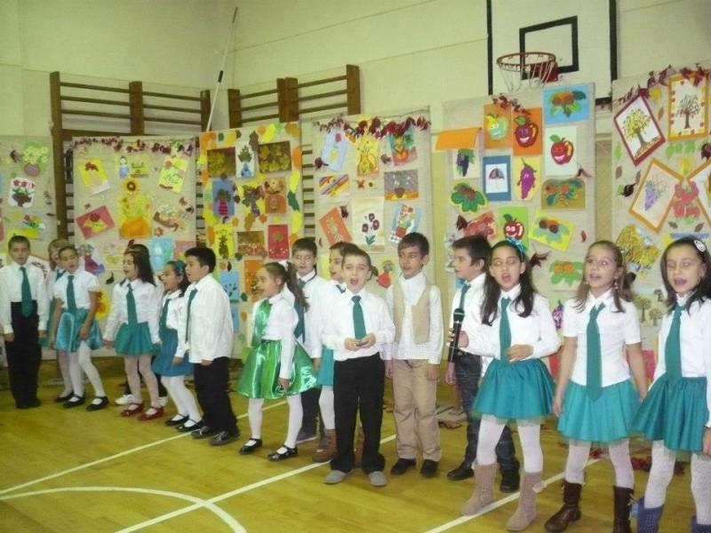 Grupul vocal al clasei a II-a C