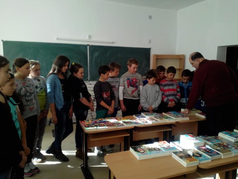 Expoziție de carte