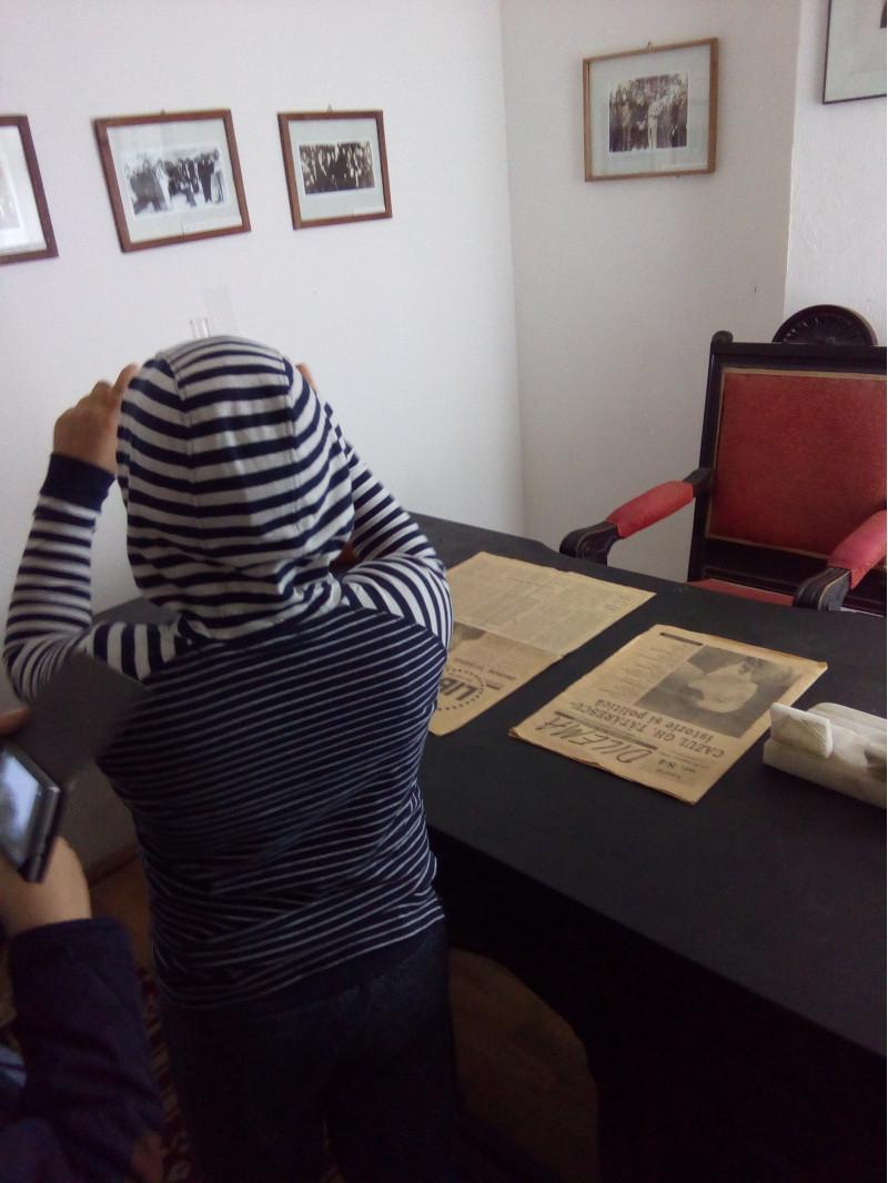 Vizita la Muzeul Curtișoara, la Fabrica de ciocolată de la Crasna și la Peștera Muierilor (Baia de Fier)