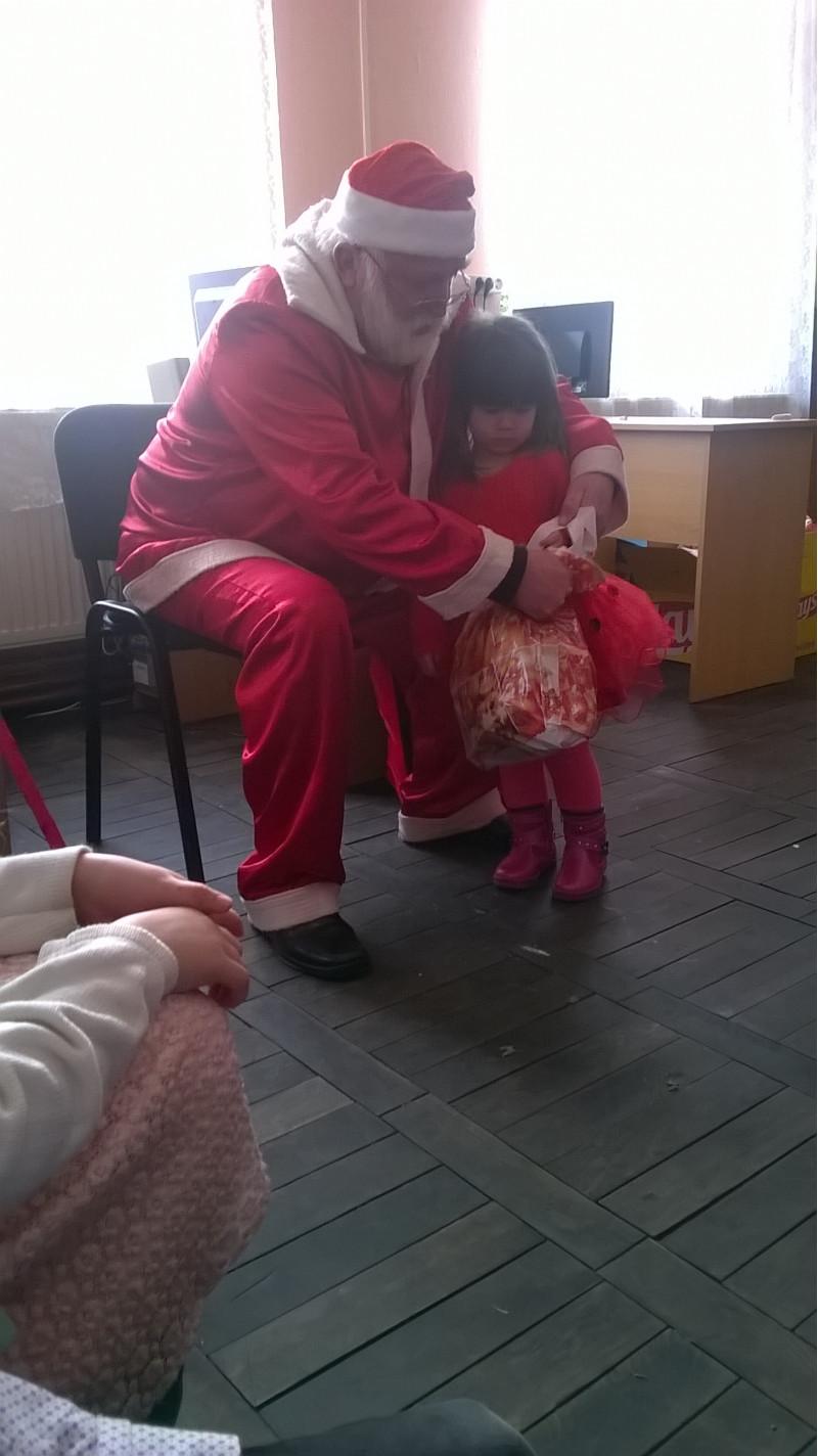 Mos Craciun- bucuria copiilor