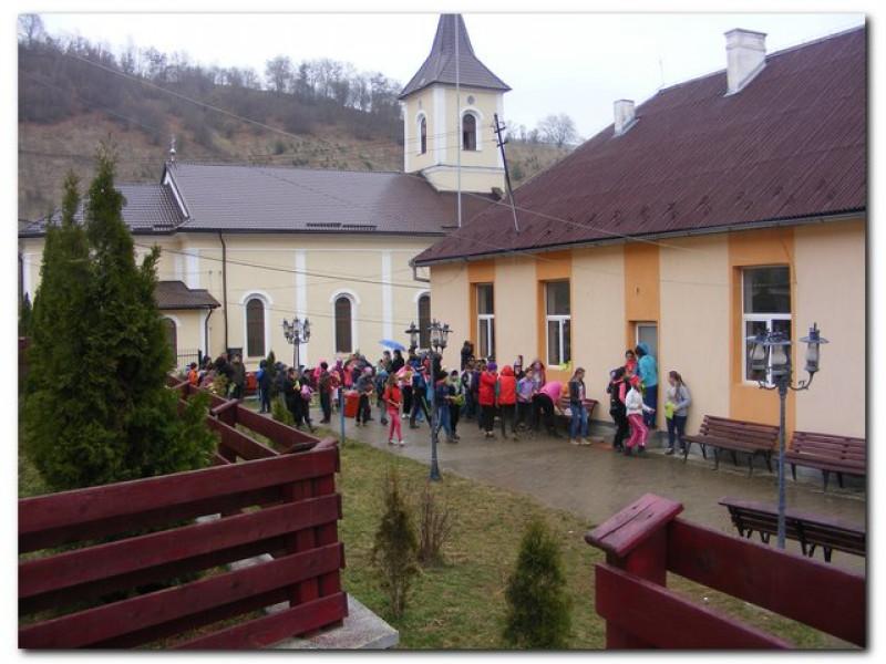 Imagini din Școala Gimnaziala Ioan S. Pavelea