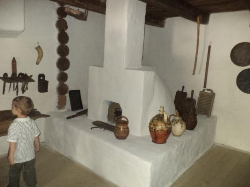 Instalaţii tehnice şi ateliere ţărăneşti
