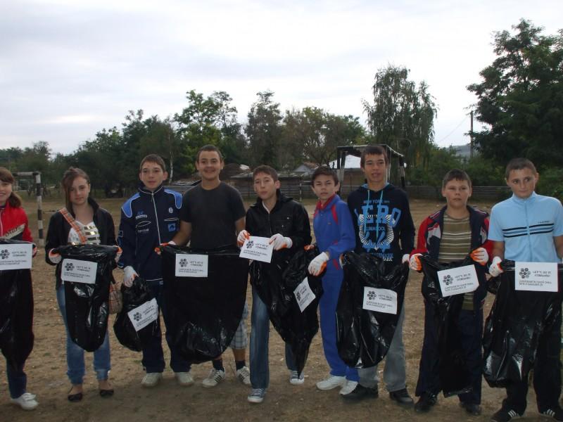 O activitate desfasurata in data de 24 septembrie. Impreuna cu elevii din intreaga tara, am curatat România într-o singura zi!