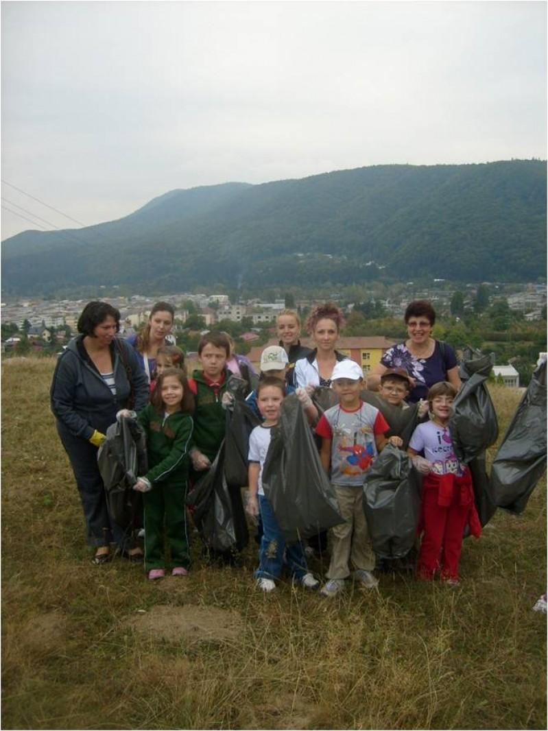 """Proiect  pe teme de ecologizare: """"Let s do it Romania"""" ( Ziua de Curăţenie Naţională )  Data 24.09.2011"""
