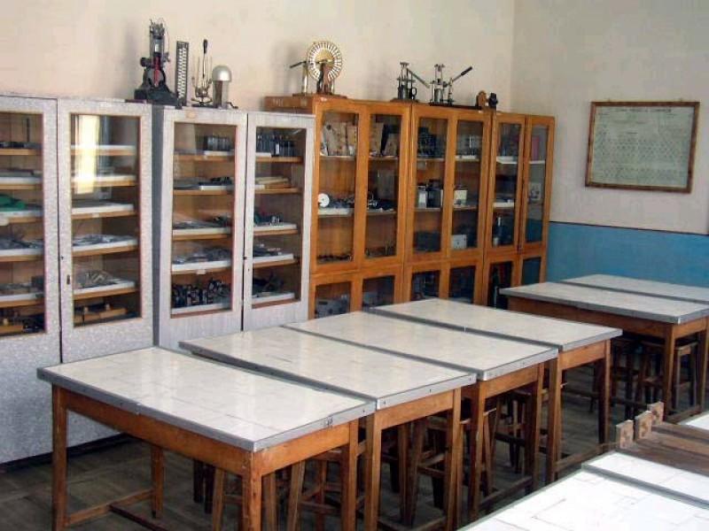 laboratorul școlii